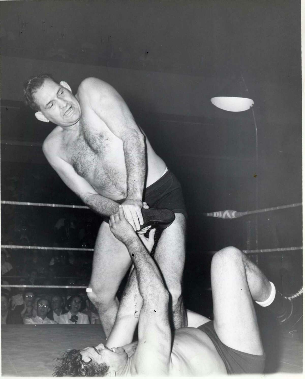 In his heyday, Paul Boesch was one of the nation's outstanding wrestlers.