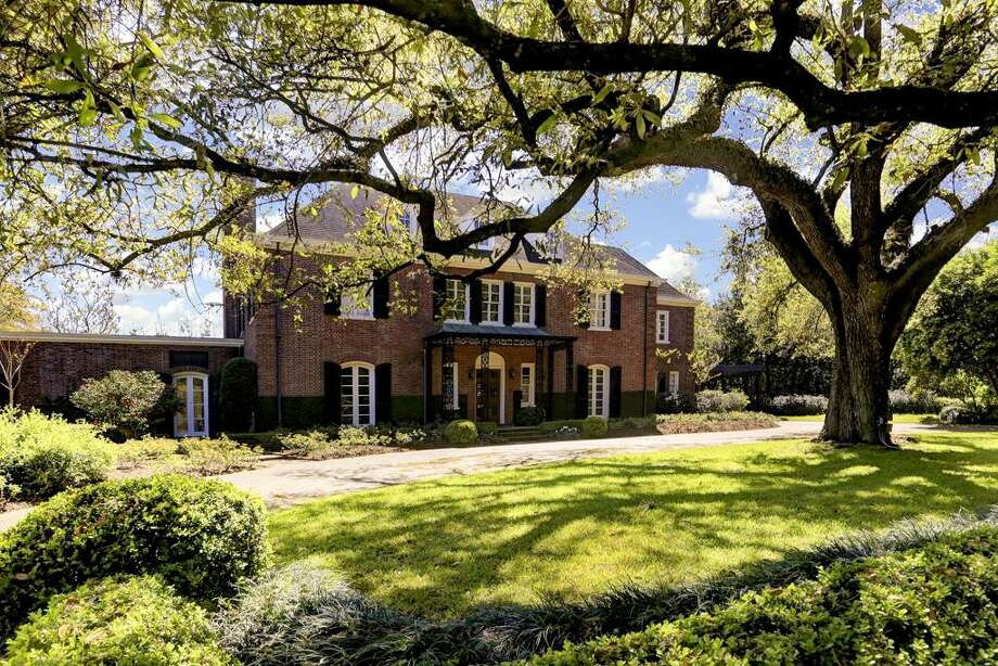 1323 North Blvd. in Houston: $5.25 million / 3 bedrooms / 3 full and 1 half bathrooms / 5,784 square feet