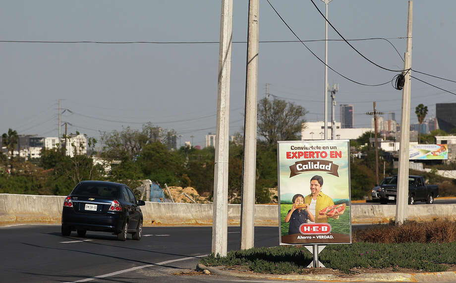 H-E-B takes battle with Wal-Mart south of border - Houston Chronicle