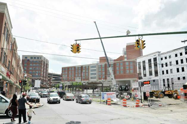 A view looking up New Scotland Ave. towards Albany Medical Center and the ongoing construction on Wednesday, July 8, 2015, in Albany, N.Y.   (Paul Buckowski / Times Union) Photo: PAUL BUCKOWSKI / 00032547A