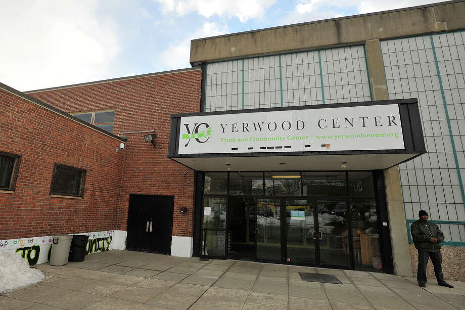 The shuttered Yerwood Center may be taken over by the Stamford Boys and Girls Club. Photo: Jason Rearick / Jason Rearick / Stamford Advocate