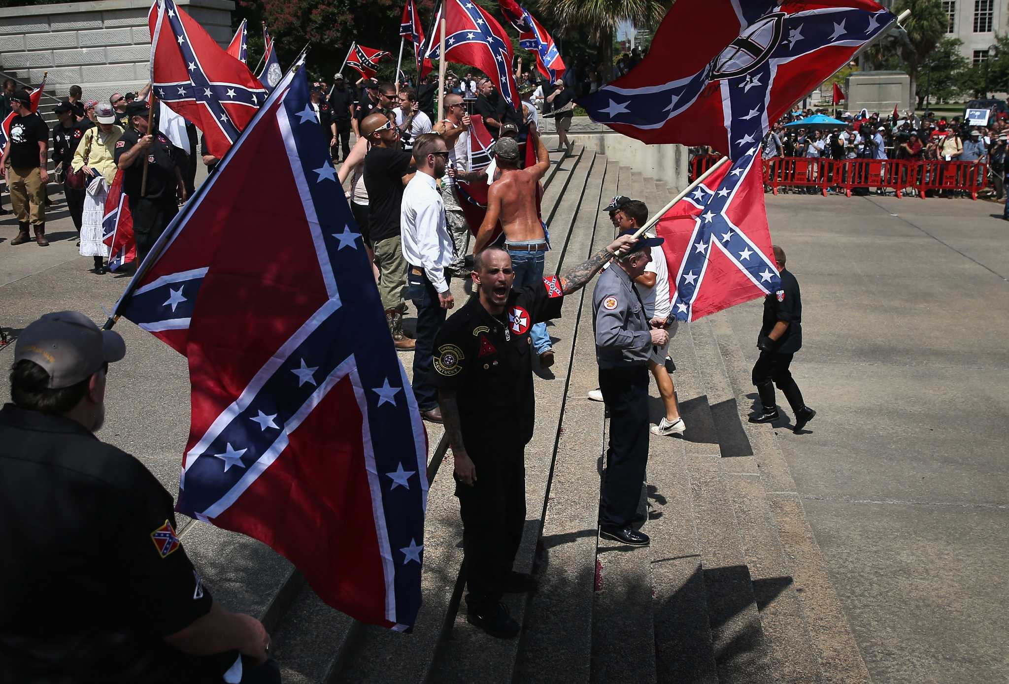 Ku Klux Klan To Celebrate Trump Victory With A Parade In