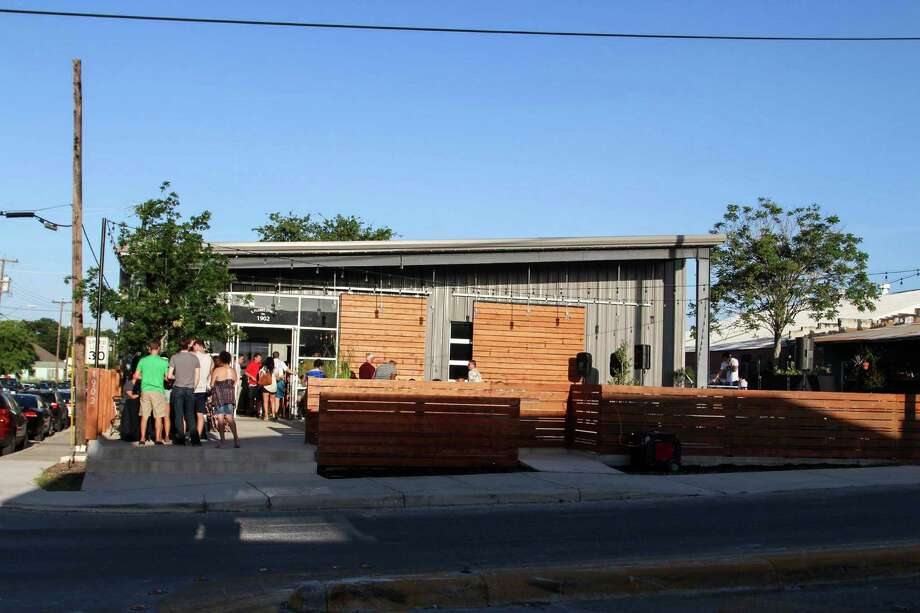 Dozens of people got the chance to try delicious ice creams infused with apricot brandy July 18 at Dorćol  Distilling Co. in Southtown. Photo: Tyler White/SAEN