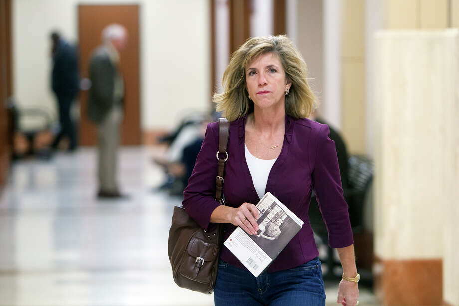 Former Harris County prosecutor Kelly Siegler testified in a hearing for a new trial in the David Temple case last year. She maintained she did nothing wrong in that case. Photo: Cody Duty, Staff / © 2014 Houston Chronicle