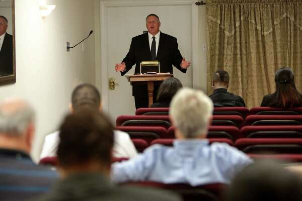 At county-funded funerals, 15-minute sermons set the stage