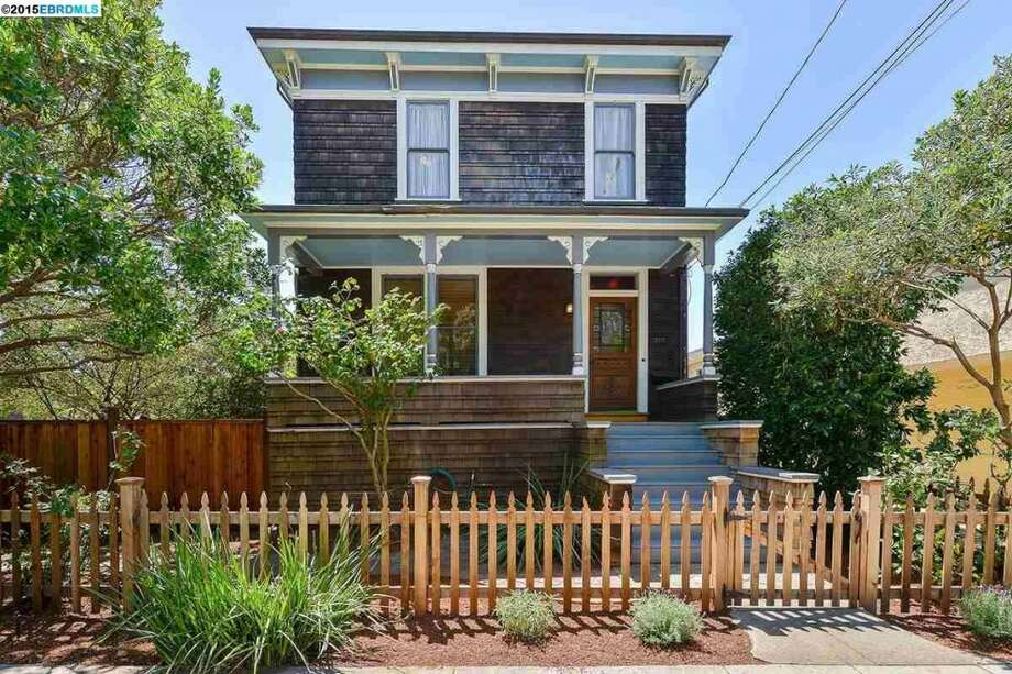 Whoopi Goldberg's Berkeley home, listed by , just sold for $2.025M, $750K over asking. Photo: Redfin