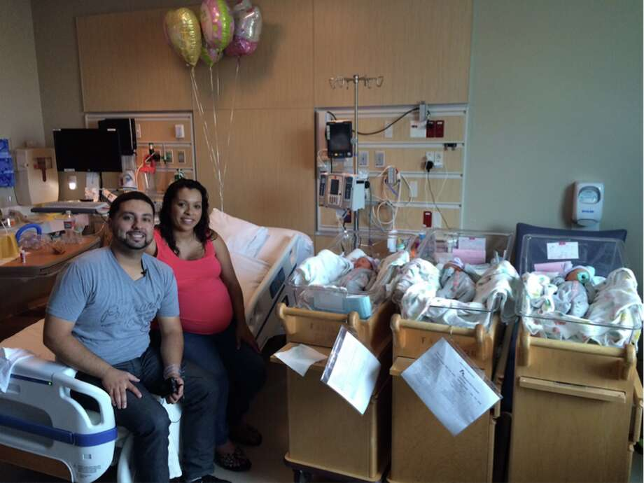Miguel Cendejas and Antony Guzman welcomed triplet girls on  July 15, 2015. Photo: Kaiser