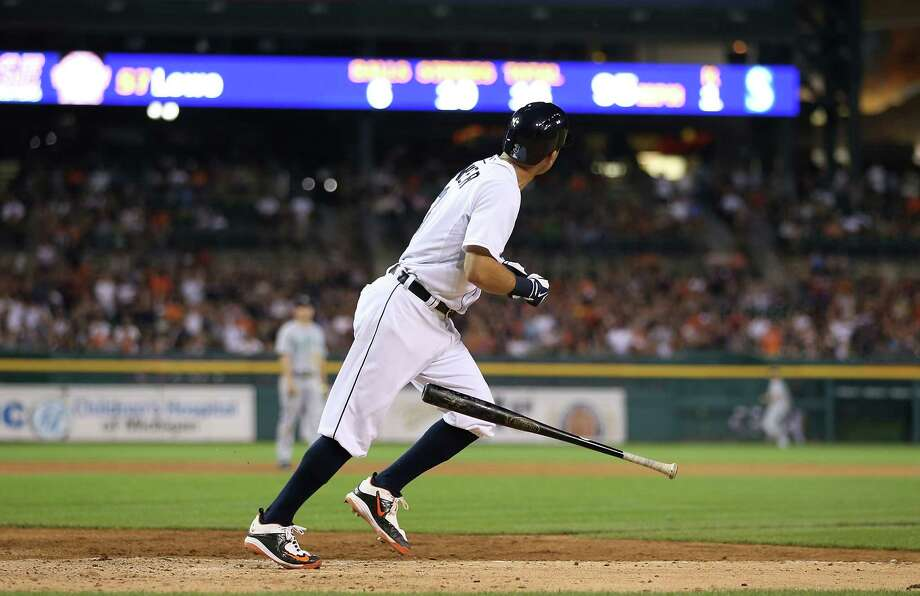 DETROIT, MI - JULY 20: Ian Kinsler #3 of the Detroit Tigers hits a two run home run in the eight inning scoring Jose Iglesias #1 (not in photo) to give the Tigers a 5-4 lead over the Seattle Mariners on July 20, 2015 at Comerica Park in Detroit, Michigan. (Photo by Leon Halip/Getty Images) Photo: Leon Halip, Stringer / 2015 Getty Images
