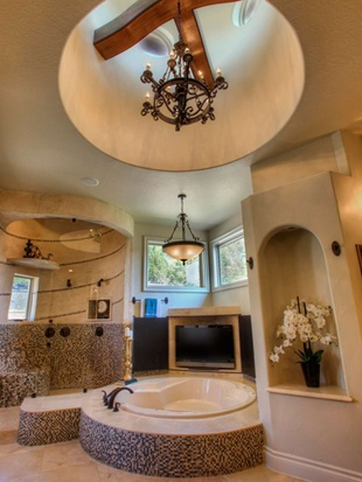 1. 11411 Cat Springs, Boerne, Texas 78006 Price: $2.6 million Bedrooms: 6 Bathrooms: 6 full, 1 partial Home size: 9,000 square feet Lot size: 1.91 acres Features: Master retreat with