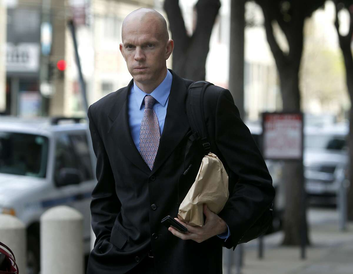 Jeff Novitzky, a federal agent that investigated the BALCO steroid case, walks to the Phillip Burton Federal Building after the lunch break in the Barry Bonds perjury trial in San Francisco, Calif. on Wednesday, March 30, 2011.