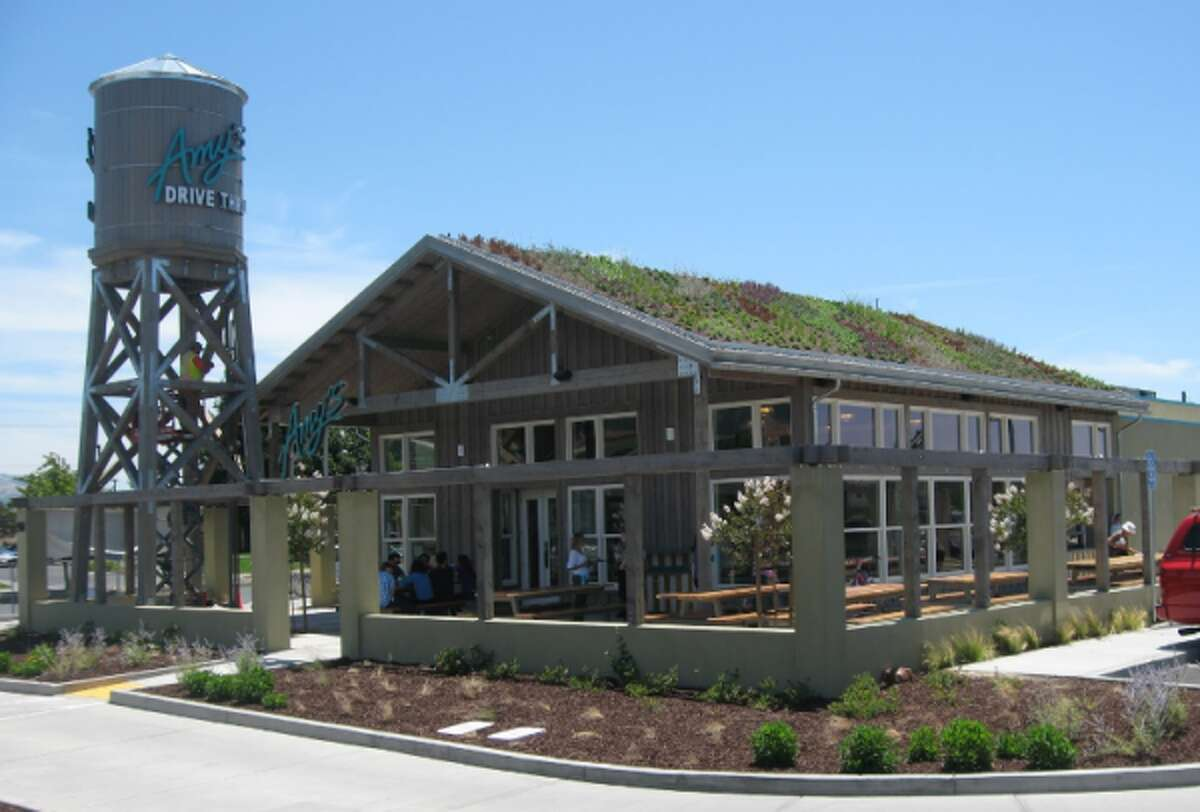 The exterior of Amy's Drive Thru in Rohnert Park, which features an outdoor patio and living roof.