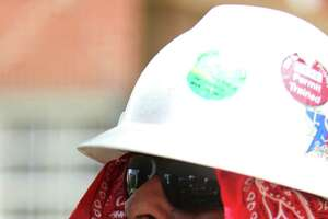As temperature increases, so do worker risks - Photo