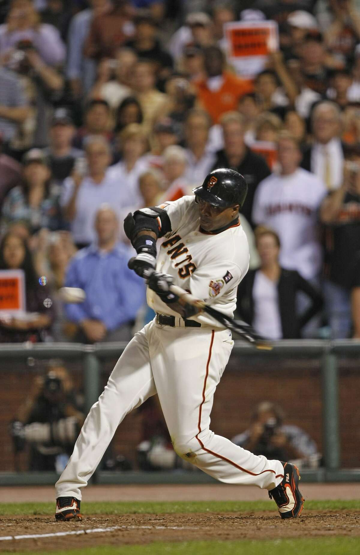 Barry Bonds takes his final at bat - a pop out - and then leaves the field for the last time in the 6th inning as he plays his final game at AT&T Park as a San Francisco Giant in game against San Diego Padres. Photographed in San Francisco on 9/26/07. Deanne Fitzmaurice / The Chronicle