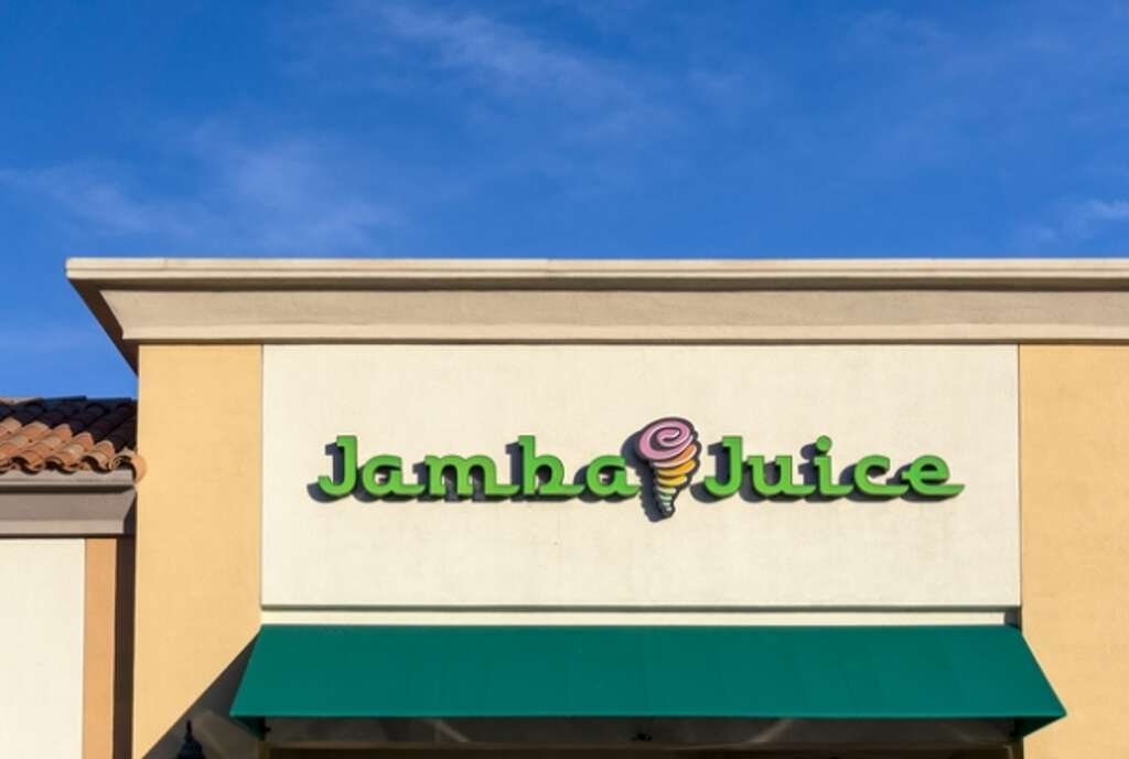 the owner of jamba juice which makes specialty beverage and food items including fruit smoothies
