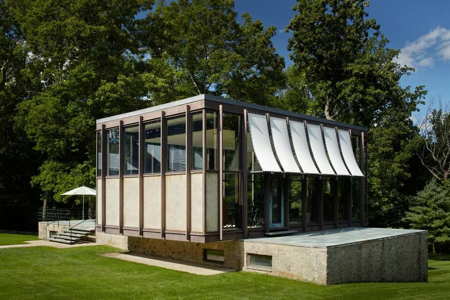 President of Freepoint Commodities, Frank Gallipoli, is putting a coveted modernist house up for sale at $14 million with Sotheby's International Realty. Photo: Business Insider