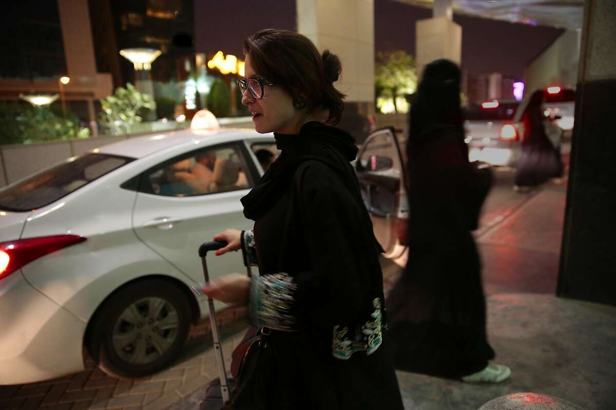 Saudi women find ways into the workplace