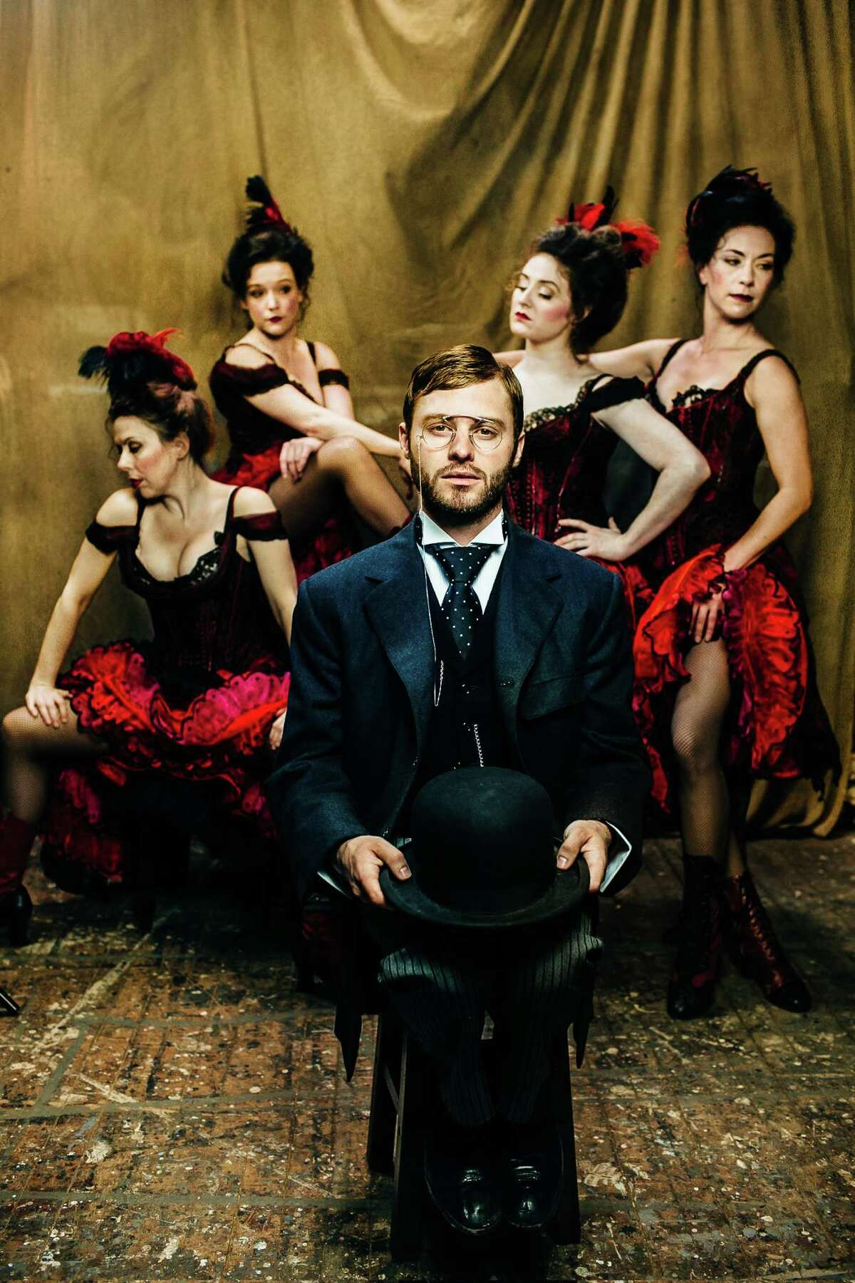 Bobby Steggert plays French artist Toulouse-Lautrec in the new musical