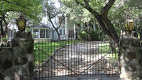 S.A. burb rejects gated community - Photo