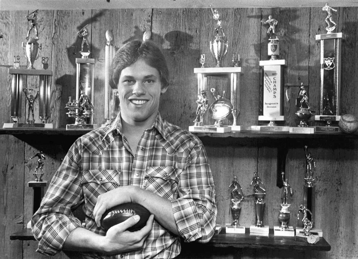 Great football player Biggio was named the best high school football player In Suffolk County in New York. He was offered football scholarships by Penn State and Boston College, but opted to play baseball at Seton Hall. Oklahoma State also heavily recruited Biggio to play baseball.