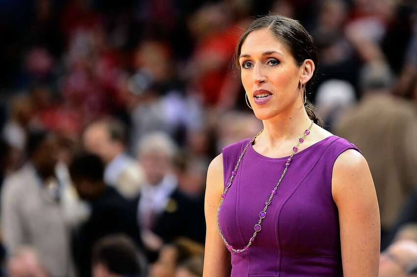 Rebecca Lobo, class of 1995 ESPN analyst and former UConn basketball player