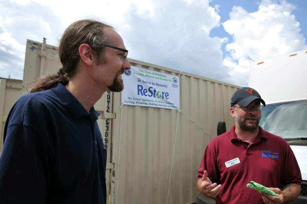 Habitat restore donations accepted images - sarreguemines bathrooms pictures
