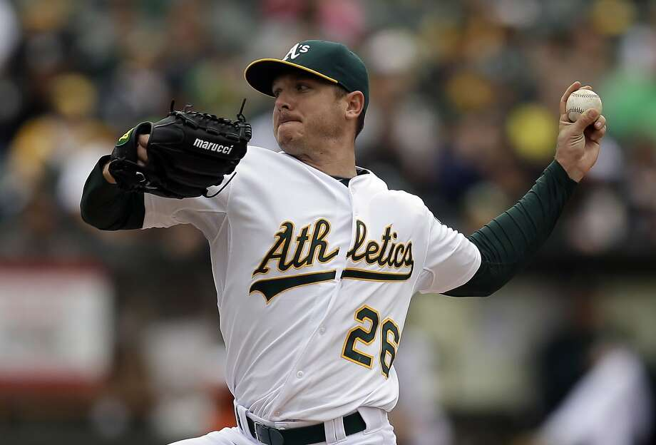 FILE - In this May 17, 2015, file photo, Oakland Athletics pitcher Scott Kazmir works against the Chicago White Sox in the first inning of a baseball game, in Oakland, Calif. The Athletics have begun their expected changes leading up to the trade deadline, sending left-hander Scott Kazmir to his hometown Houston Astros for a pair of minor leaguers. The A's made the announcement ahead of their Thursday afternoon, July 23, 2015, series finale against Toronto, so instead of Kazmir starting against the Blue Jays he was saying his goodbyes in the clubhouse. (AP Photo/Ben Margot, File) Photo: Ben Margot, Associated Press