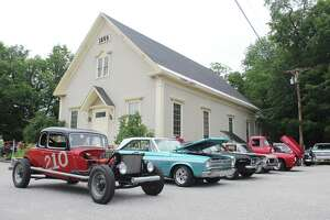 Classic cars take the roads, local shows in New Hampshire - Photo