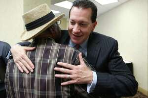 HERO opponents sue Mayor Parker - Photo