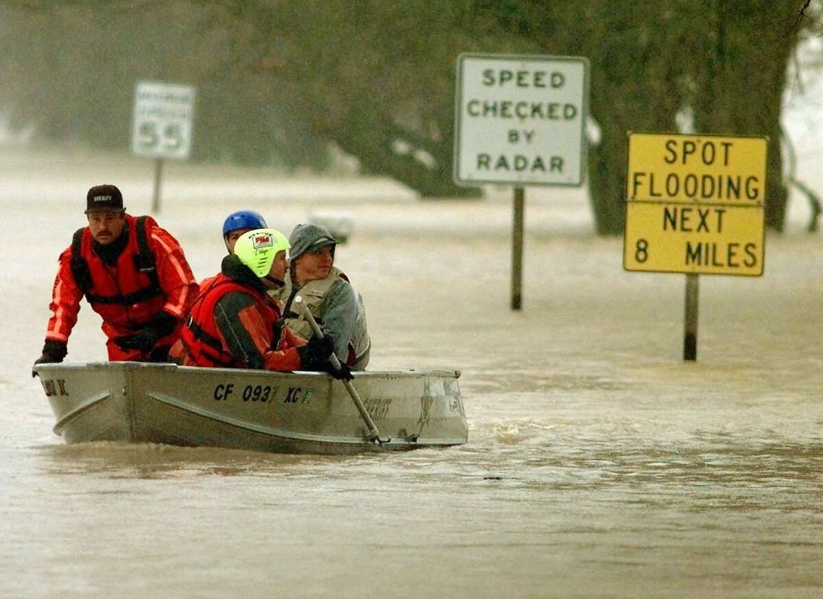 This year's El Niño may be stronger that the version that hit California in 1997-1998 rainy season.  Here are photos from the 1997-1998 El Niño: Surrounded by a Yuba County, Calif., Sheriff's rescue team, William Hofman, far right, of Lincoln, Calif., is taken to safety after his pickup truck was stuck in high water near Knight's Landing, Calif., Tuesday, Feb. 10, 1998.