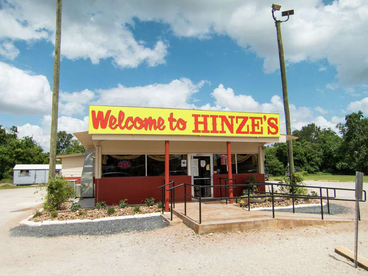 Hinze's Bar-B-Q in Wharton has opened a temporary location.