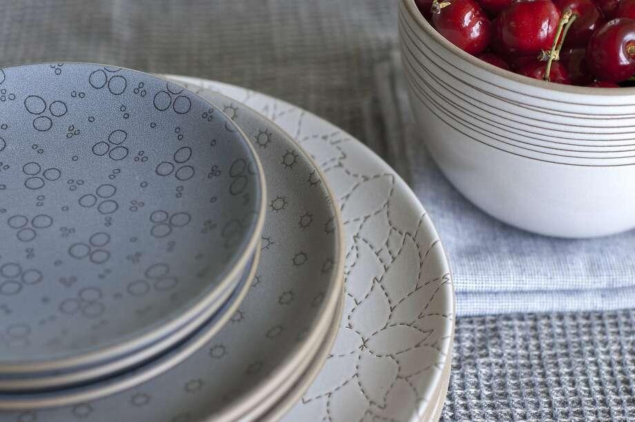 Alabama Chanin etched dinnerware. www.heathceramics.com Photo: Ada Ko/Heath Ceramics, Heath Ceramics