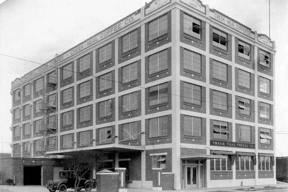 A historic photo of the Cheek-Neal Coffee building at 2017 Preston. (Houston Metropolitan Research Center, Houston Public Library)