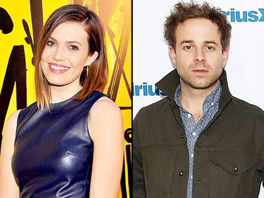 Mandy Moore Dating Dawes Singer Taylor Goldsmith After ...