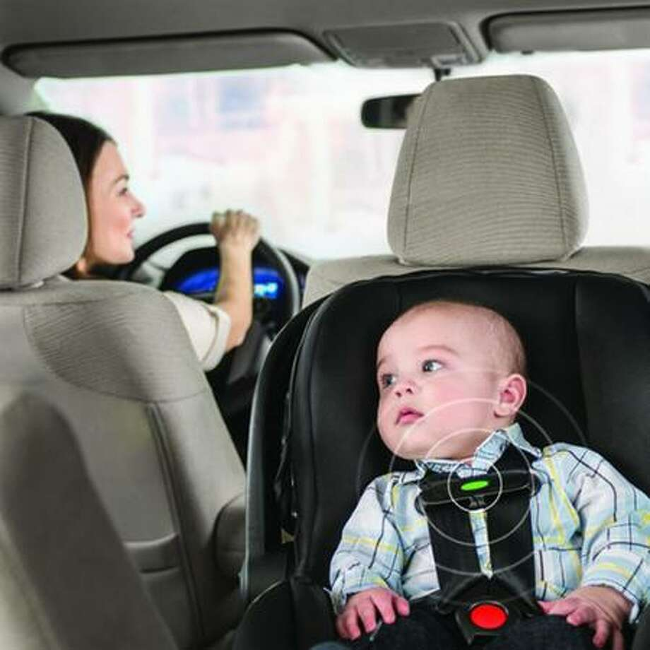 The Embrace DLX Infant Car Seat uses wireless technology to alert a driver that a baby is still in the car.