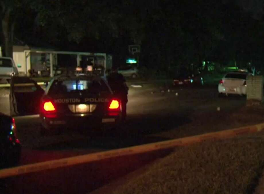 A man has died after being shot multiple times  during an argument about 11 p.m. Friday, July 24, 2015, in the 6200 block of Grey Oaks in northeast Houston. Photo: Christian, Carol, Via Metro Video