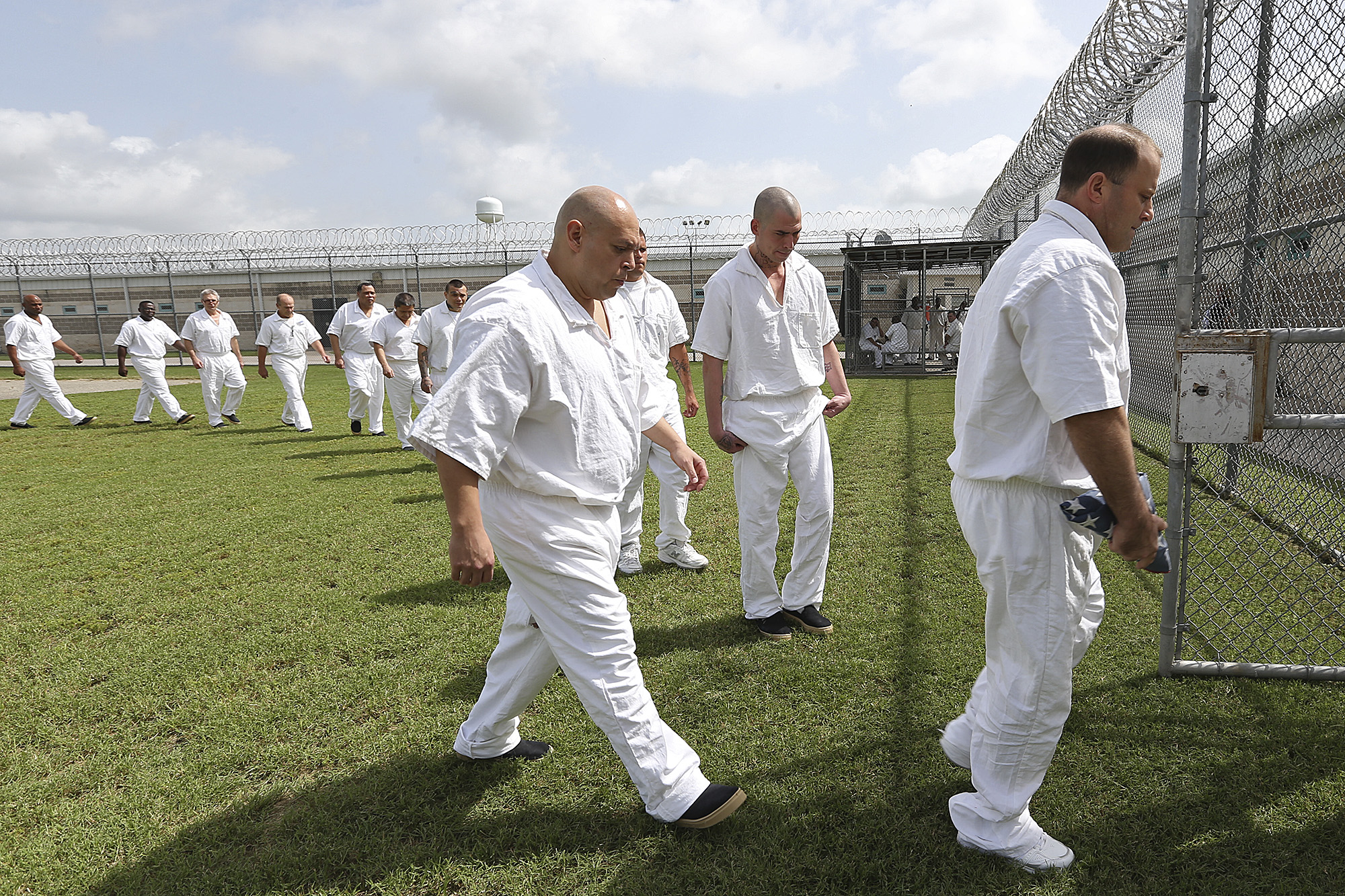 Return to military routine helps reform jailed veterans