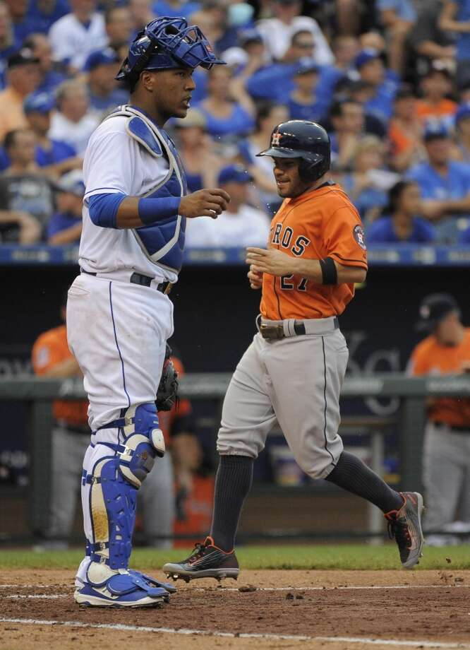 Astros star Jose Altuve expressed his happiness for friend Sal Perez after the Royals' catcher landed a new contract. Photo: Ed Zurga, Getty Images