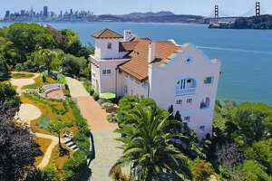 Belvedere's 'Pink House' finally sells for $7.9 million - Photo