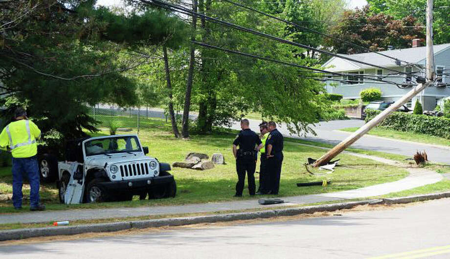 The 17-year-old driver of this Jeep has been charged in connection with the May 27 crash that seriously injured a classmate. Photo: Genevieve Reilly /Fairfield Citizen / Fairfield Citizen