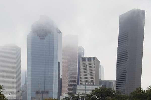 Allen Parkway es sede de muchas caminatas y de actividades comunitarias y artísticas de Houston.