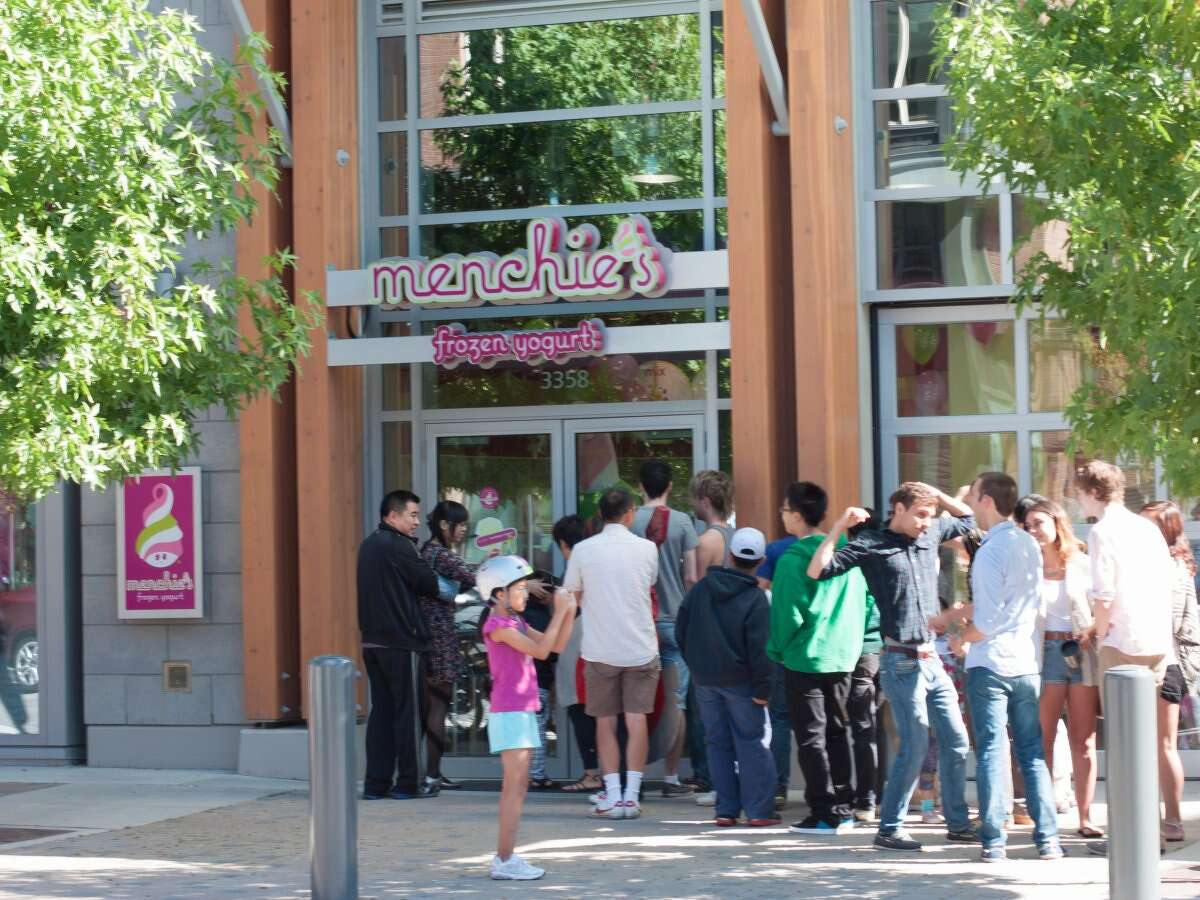 20. Menchie'sNumber of franchises: 478 Cost to open a franchise: $218,300-$385,200