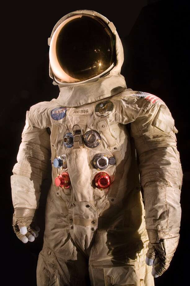 The National Air and Space Museum launched a crowdfunding campaign to conserve the spacesuit worn by Neil Armstrong, commander of the Apollo 11 mission and the first man on the moon. Photo: Eric Long, HOGP / National Air and Space Museum, S