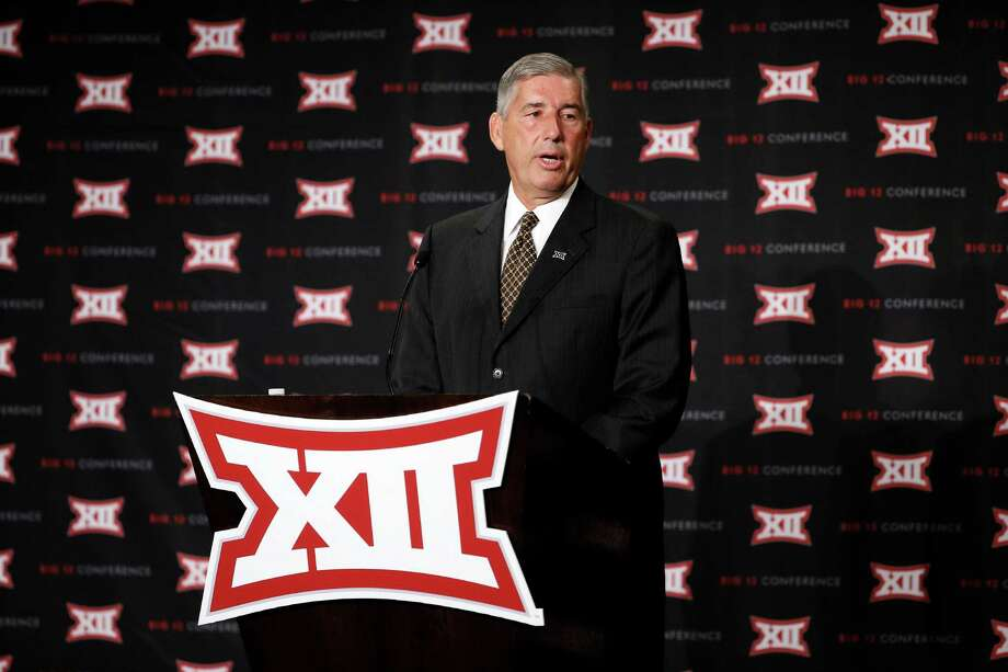 Commissioner Bob Bowlsby addresses attendees to Big 12 Conference Football Media Days Monday, July 20, 2015, in Dallas. (AP Photo/Tony Gutierrez) Photo: Tony Gutierrez, STF / AP