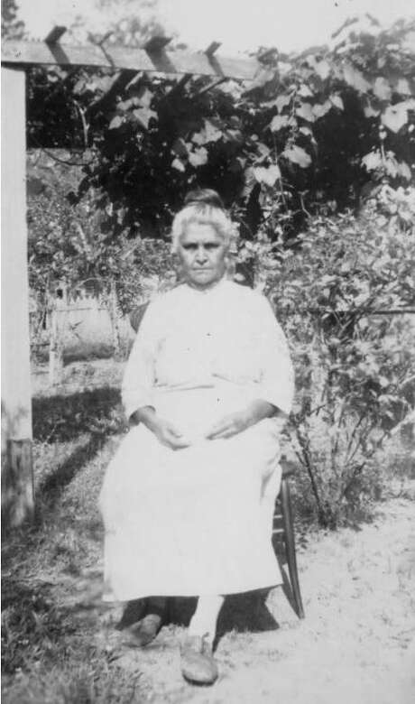 Medicine woman Delphine Ducloux was one of the two last speakers of the Chitimacha language, prior to its revival.