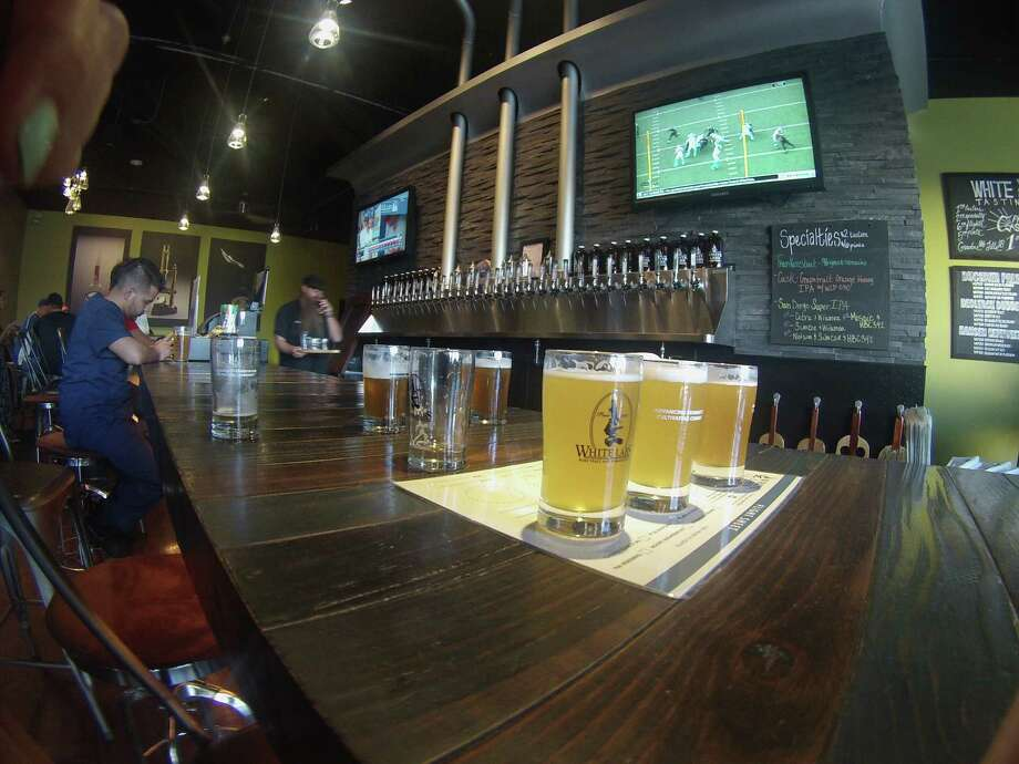 The White Labs Tasting Room in San Diego showcases experiments, education and fun and features a changing lineup of up to 32 beers on tap and three on cask. Photo: Jen Leo / ONLINE_YES