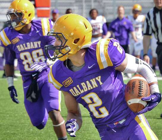 Wide receiver  #2 Josh Gontarek during UAlbany football's Spring Game Saturday April 18, 2015 in Albany, NY.  (John Carl D'Annibale / Times Union) Photo: John Carl D'Annibale / 00031485A