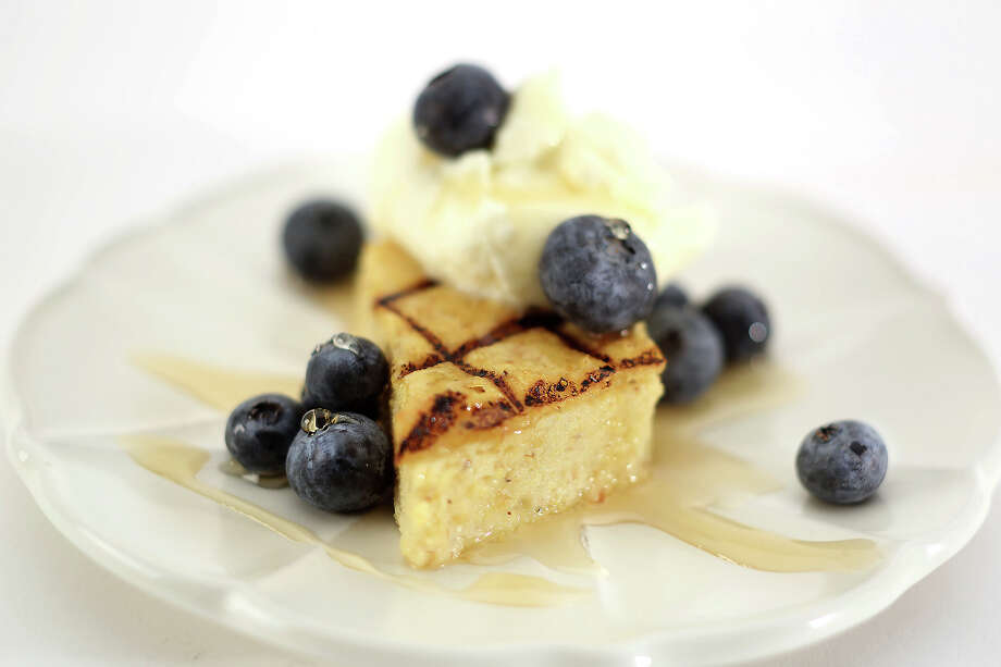 Grilled polenta with maple and fresh berries Photo: Kirk McKoy /TNS / Los Angeles Times