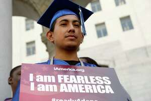 Appeals court rules against Obama immigration plan - Photo