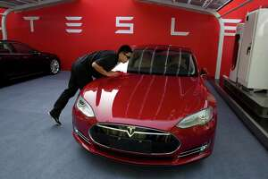 Used market plugs the less affluent into Tesla ownership - Photo