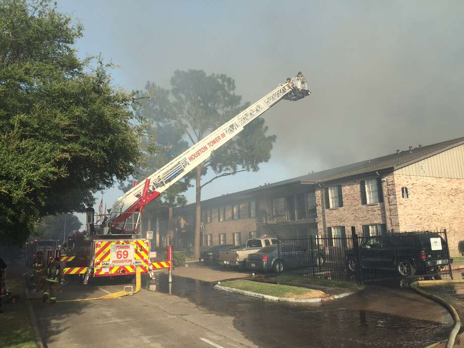 A Major Fire Broke Out At The Gentry House Apartments On Kempwood Tuesday Photo